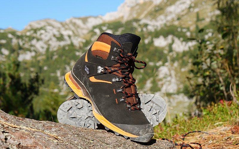 9de6ace3c9d De Hanwag Tatra Light GTX is een instap B-categorie schoen en is daarmee  geschikt voor (berg)wandelingen in het laag en midden gebergte.